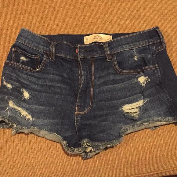 d69c2c5a47 Hollister vintage high rise jean shorts, size 9